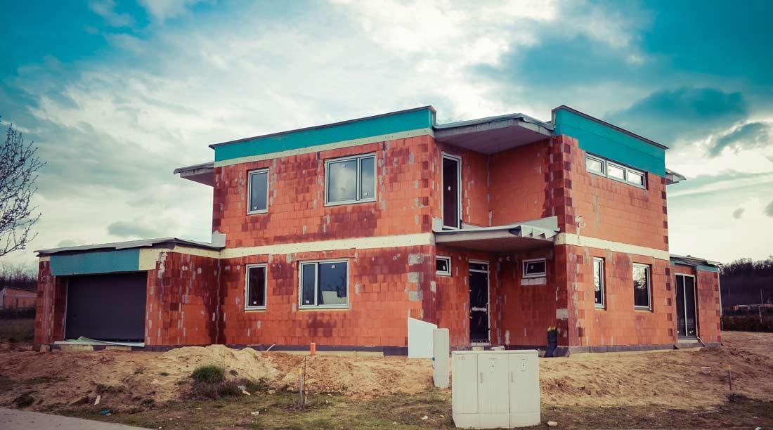 Minimalista családi ház Mogyoródon